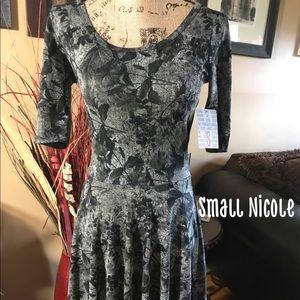 Small Nicole